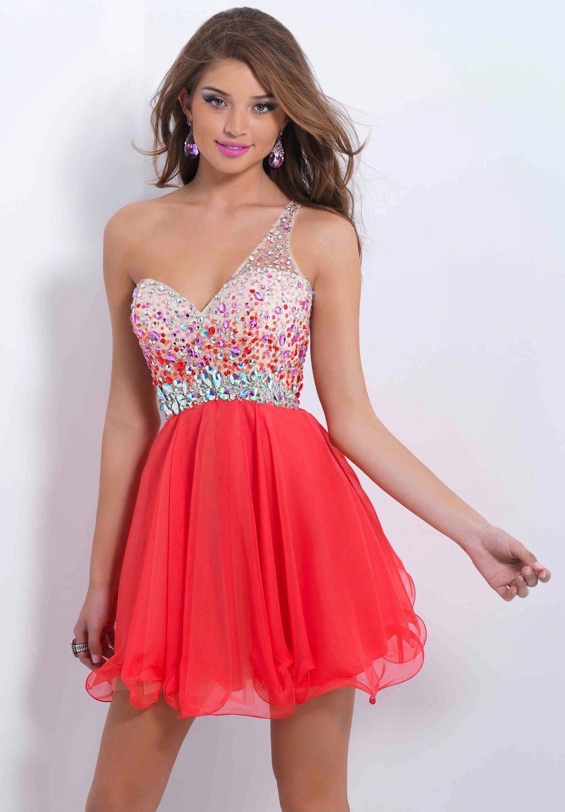 a5e8f2eeda9 Magníficos vestidos de noche para jovencitas