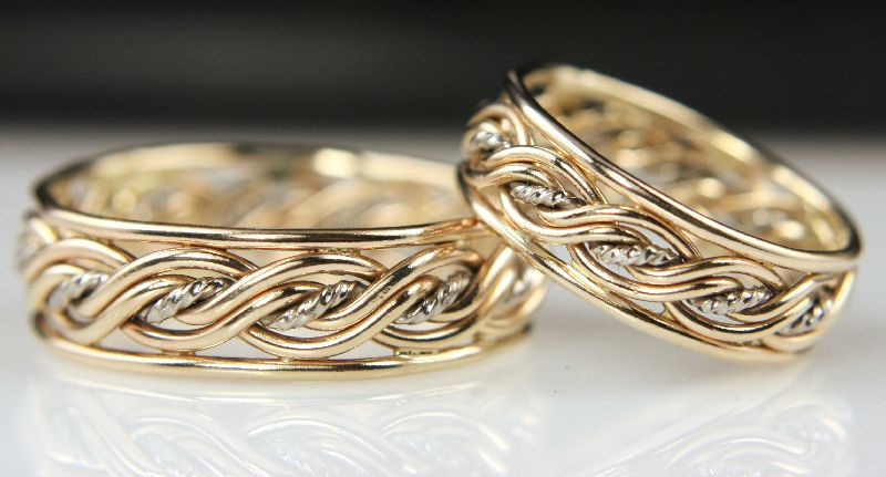 Rope Middle Five Strand Braided Ring With Outer Bands Wedding Ring Bands Wedding Ring Designs Pretty Rings