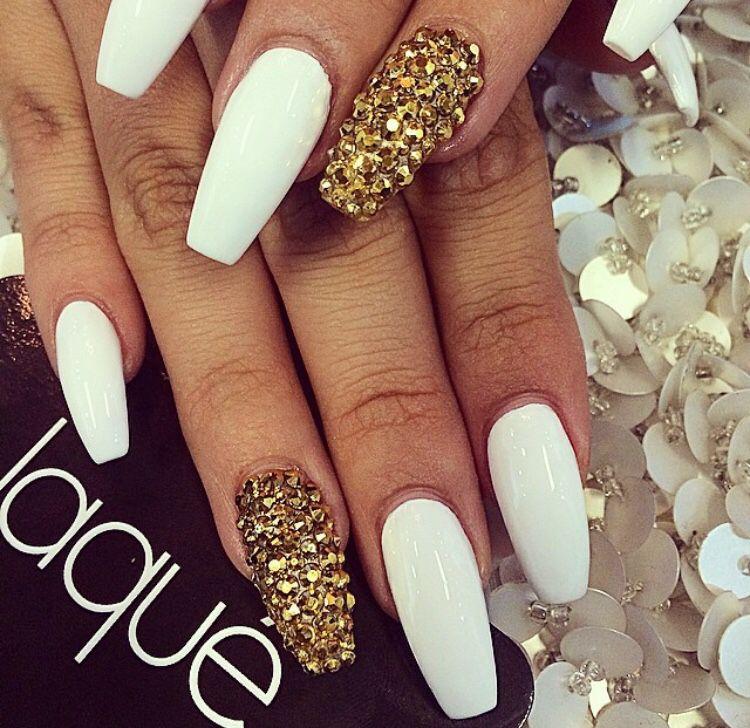 white and gold cute nails stiletto nails pinterest