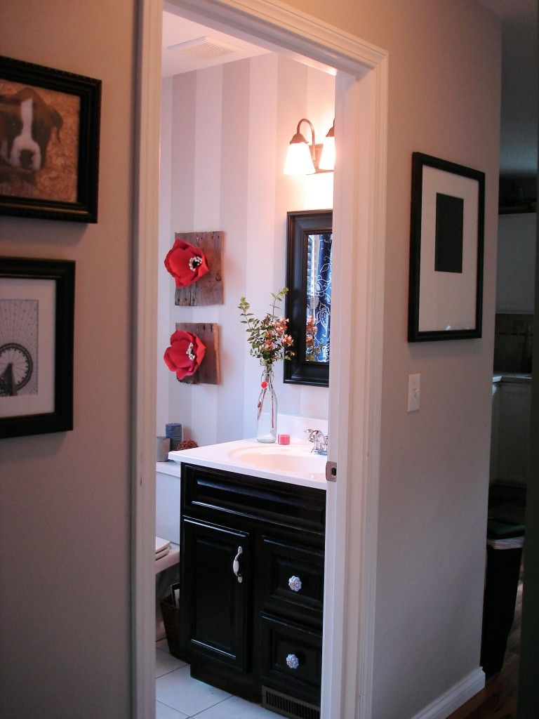 Love this bathroom redo esp walls from rachael at http for Redoing bathroom walls