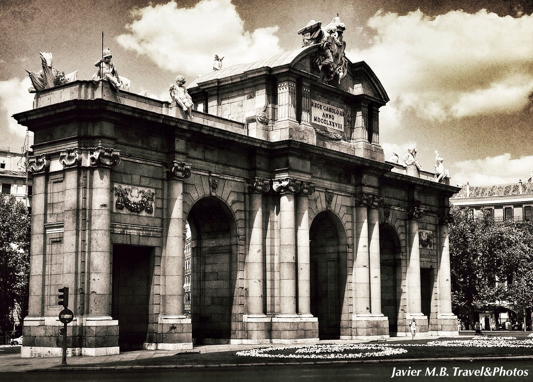 Puerta de Alcalá...