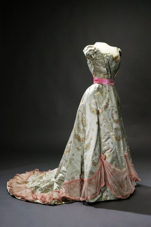 queen's gowns sweden gown 1890 | Evening dress c. 1890s. The Royal Armory and Hallwyl Museum, Sweden.