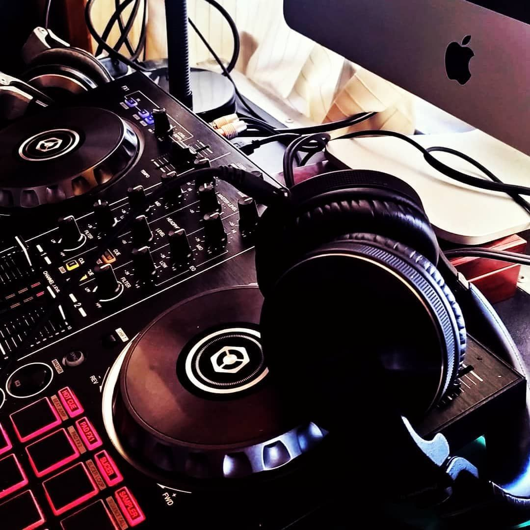 #djlife #dj #djlifestyle #djs #music #pioneer #party #pioneerdj #djlifestile #djlifeviews #djlifestyles #djlifestlye #housemusic #djlifes #djlife215 #djlifeisgood #djlife585 #djliferocks #djlifeapparel #djlifee #live #edm #djleeswagger #dance #techno #djlifestylez #pioneerdjs #hiphop #djlifetour #turnup