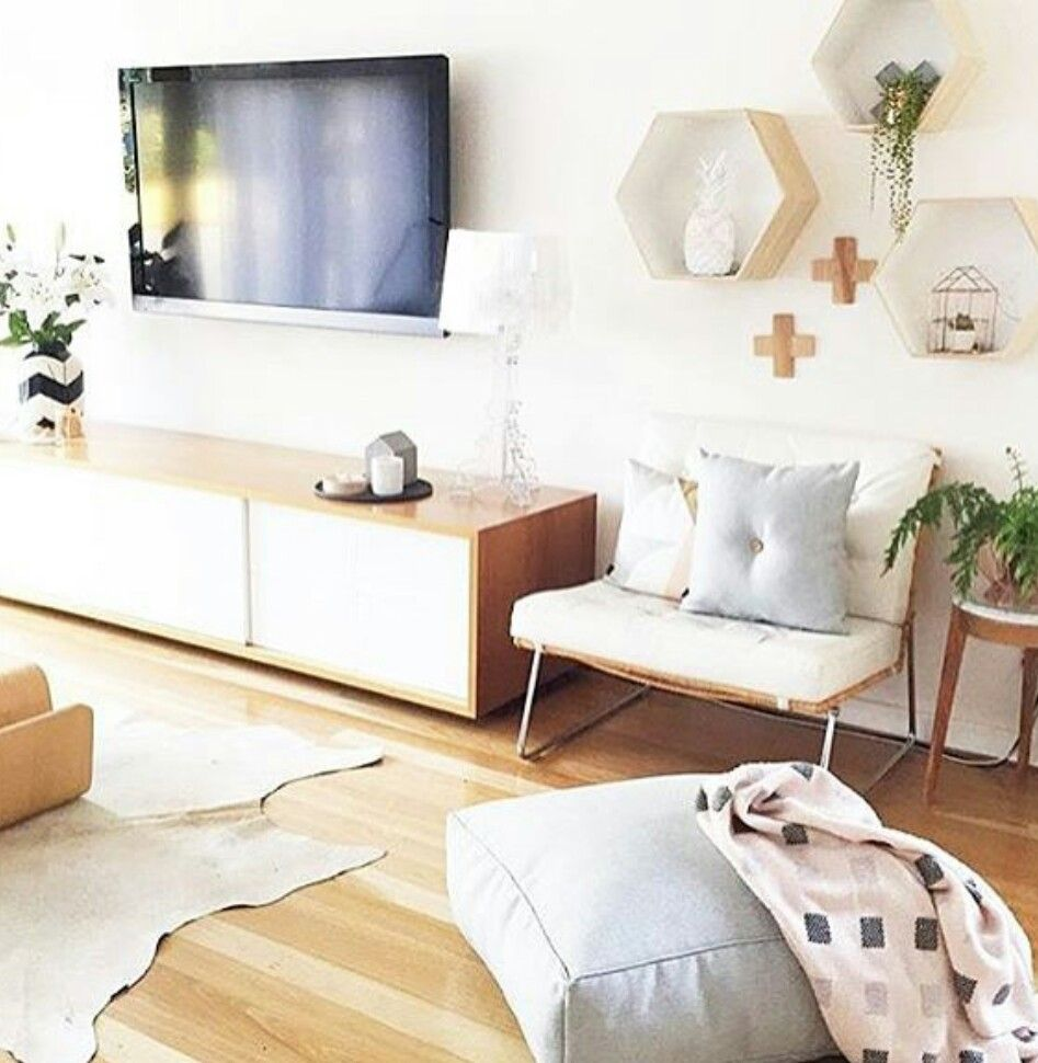 love the pillow on the floor | Apartment Ideas | Pinterest | Pillows ...
