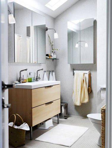 Carrelage mosaïque déco dans une petite salle de bain | Meuble miroir salle de bain, Deco salle ...