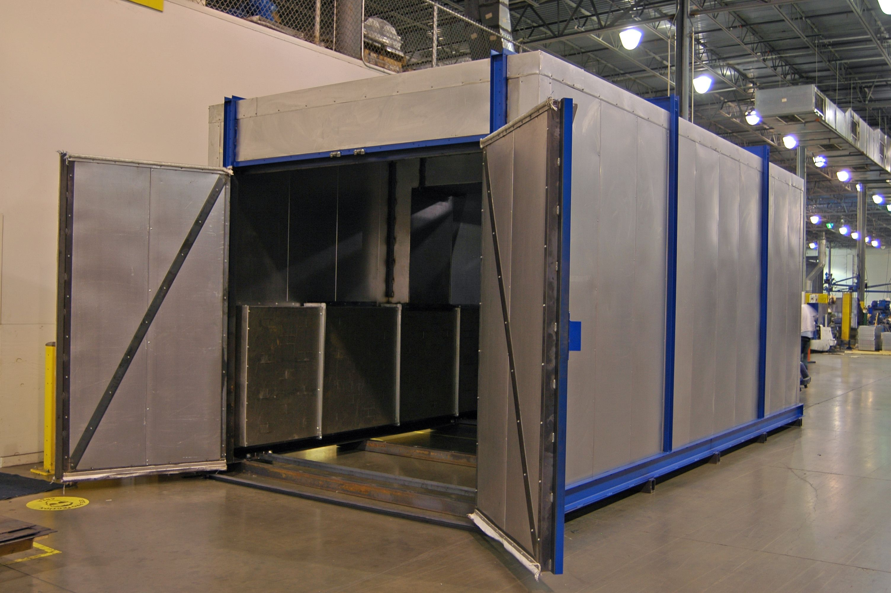 Choosing A Batch Oven That Matches Your Needs And Process Industrial Automotive Finishing Blog Cabine Pinturas
