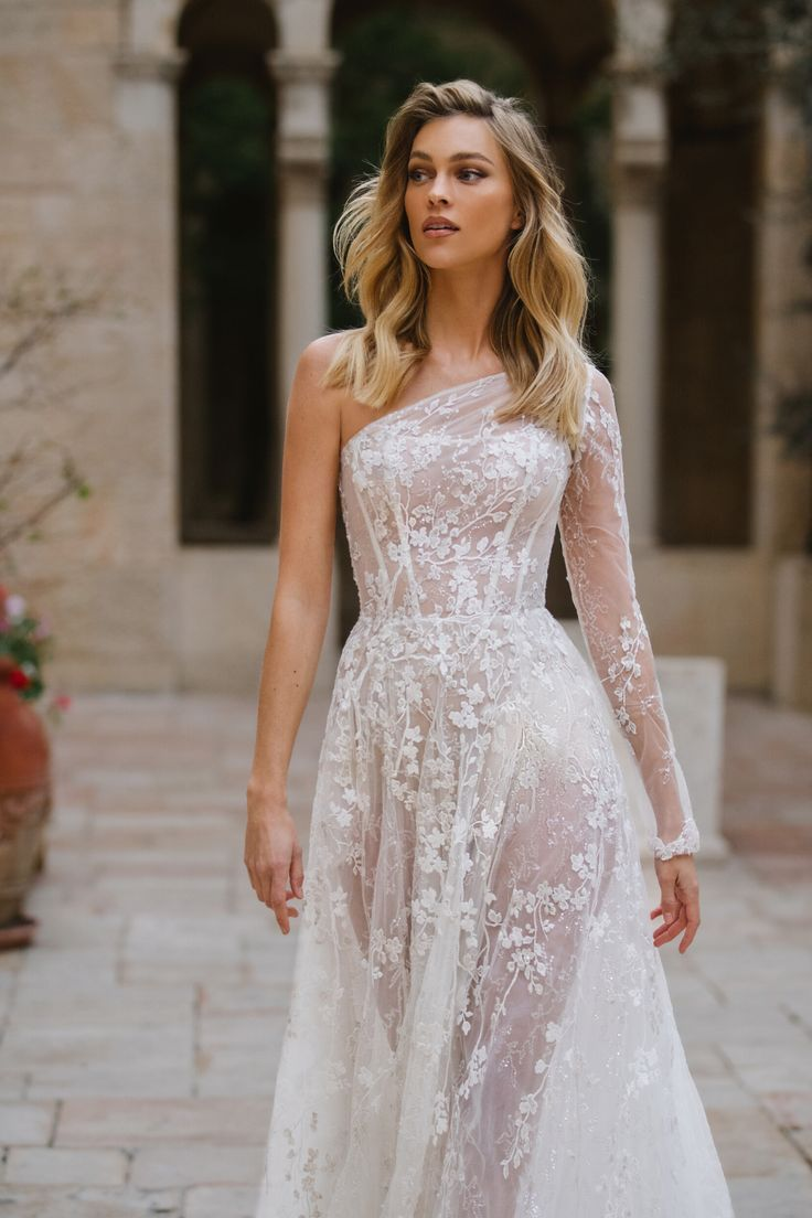G407 in 2020 (With images) Fairy tale wedding dress