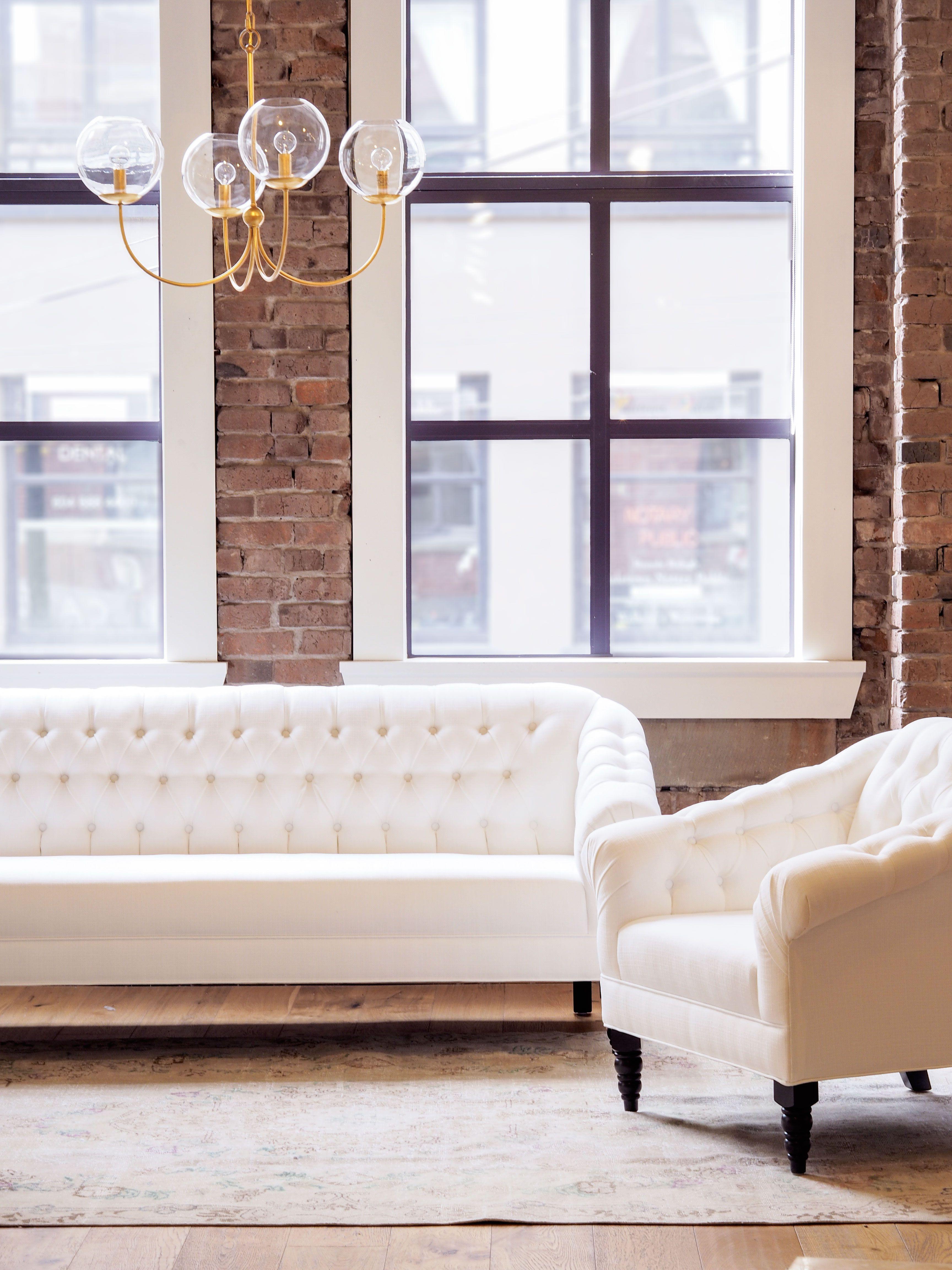 Tufted Sofa White Style Home House Chic Interiordesign Love Furniture Design Furniture Living Furniture