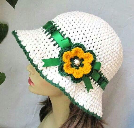 Pin de Lizette Montalvo Flores en crochet Gorros chicas | Pinterest ...