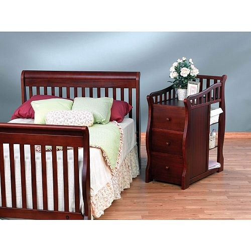 the sorelle princeton convertible crib with changer offers a unique crib design with attached changer for an attractive convenient addition to any nursery - Sorelle Cribs