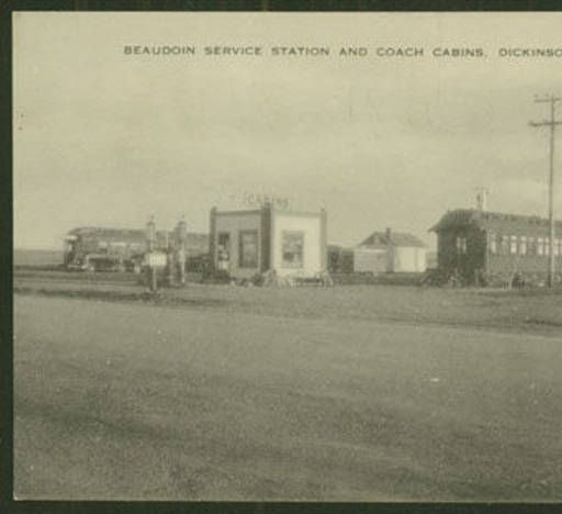 Dickinson North Dakota: Beaudoin Service Station And Coach Cabins, Dickinson, N.D