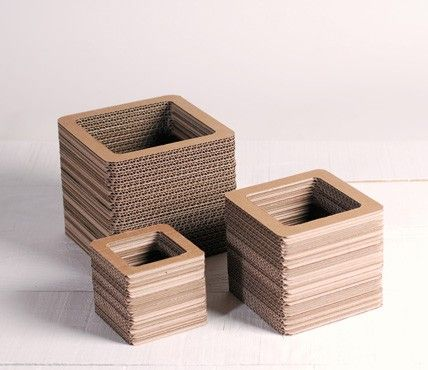 vases en carton home sweet home pinterest meuble carton cartonnage et carton. Black Bedroom Furniture Sets. Home Design Ideas