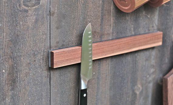 Knife Holder / Walnut & Steel von furnishedmodern auf Etsy