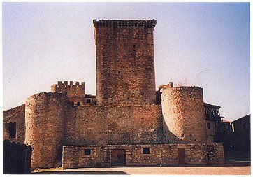 Miranda de Castañar Castle lies, in the village by the same name, in the province of Salamanca in Spain.