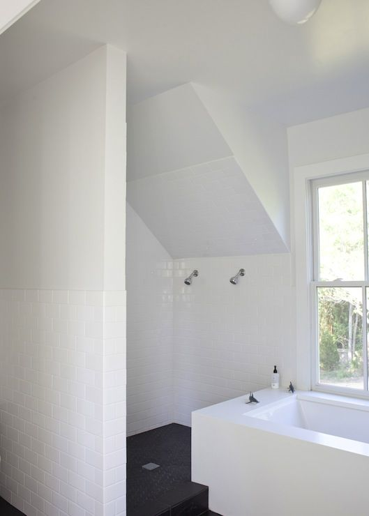 Heather A Wilson Architect Modern Attic Bathroom With