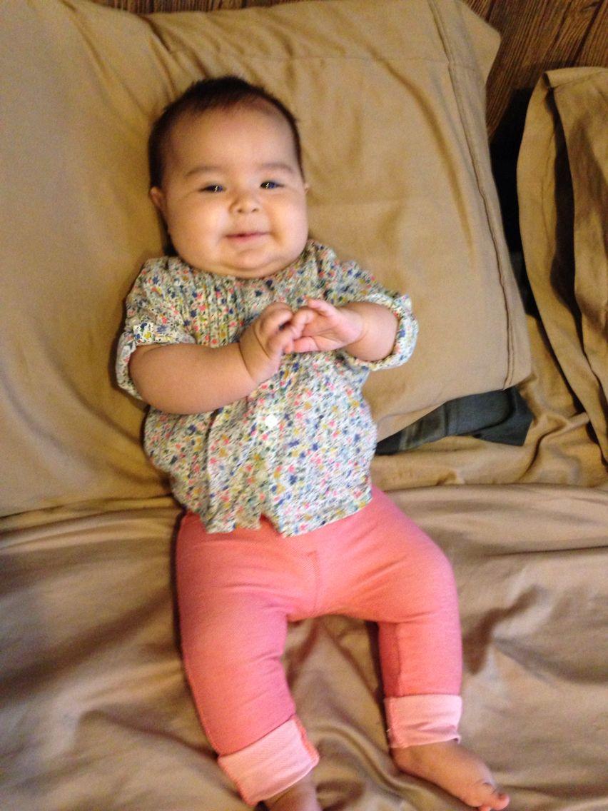 Relax baby #babycute #babyLuna