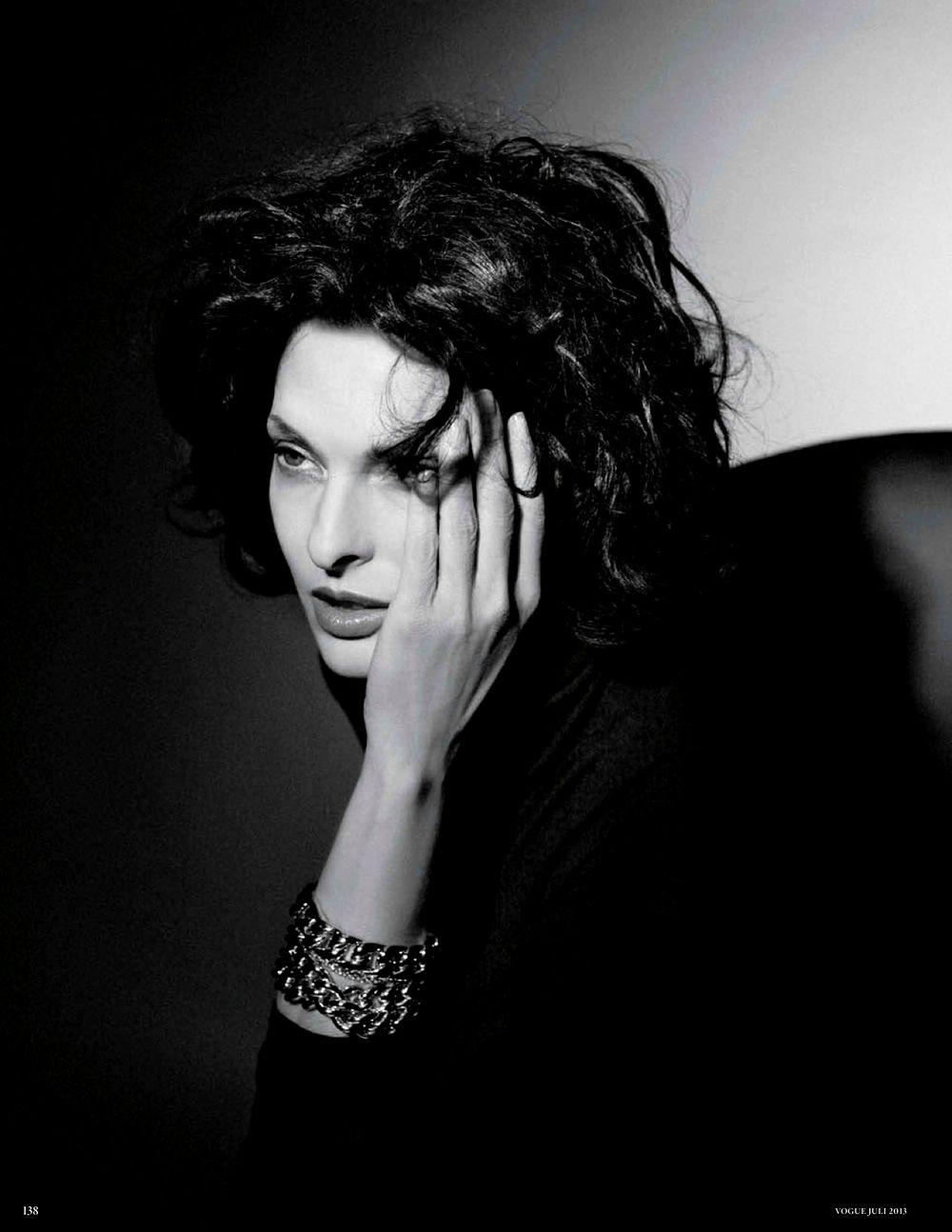Linda Evangelista by Karl Lagerfeld