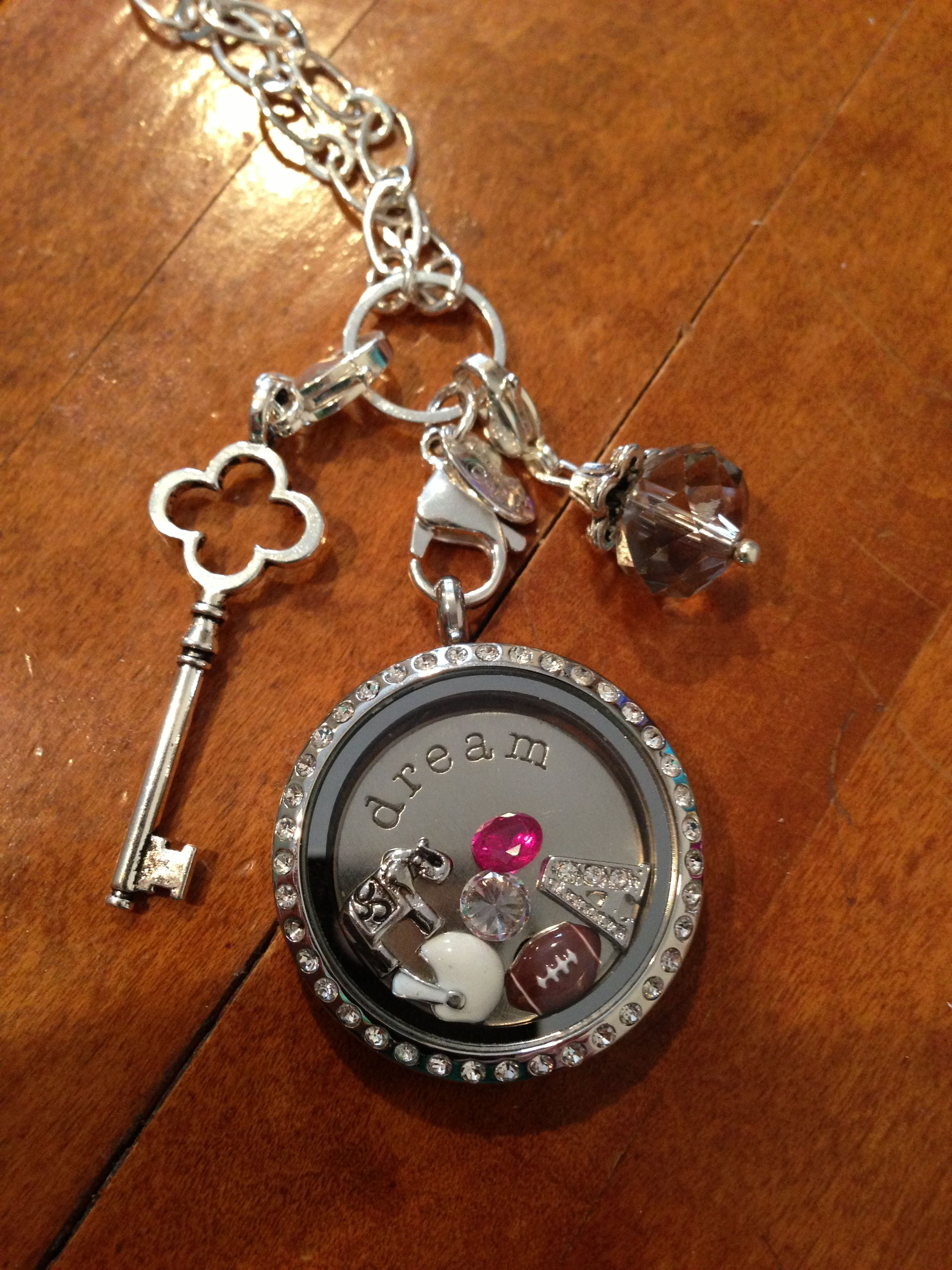 Alabama Origami Owl necklace. Let me help make your ... - photo#22
