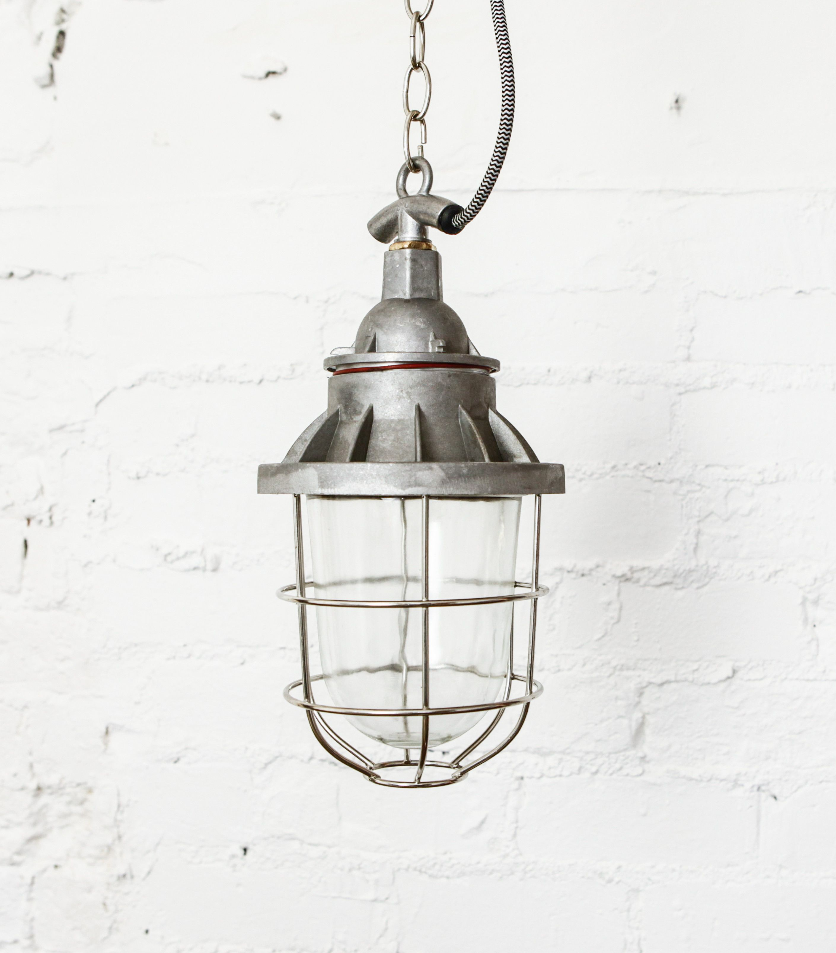 Mabgate Industrial Miner S Ceiling Light Is Solid And Robust It S