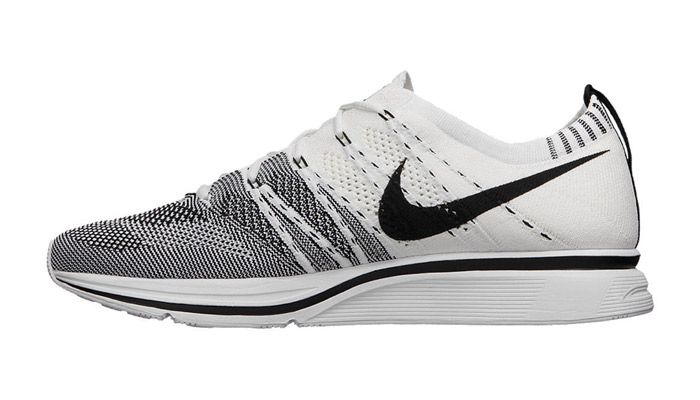 ... nike flyknit trainer white blackkicks deals
