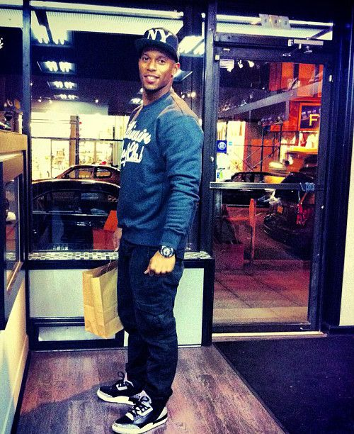 official photos 02a4c f06a3 Victor Cruz in the Air Jordan 3 Black/Cement | he's got my ...