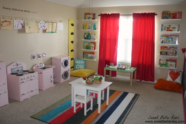 Tips & Tutorials to Create a DIY Budget Friendly Play Room #DIY