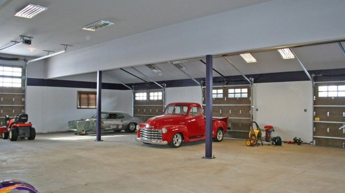 Car Condos Large Garage Real Estate Car Property Homes With Large Garages Industrial Home Design Home House Layouts
