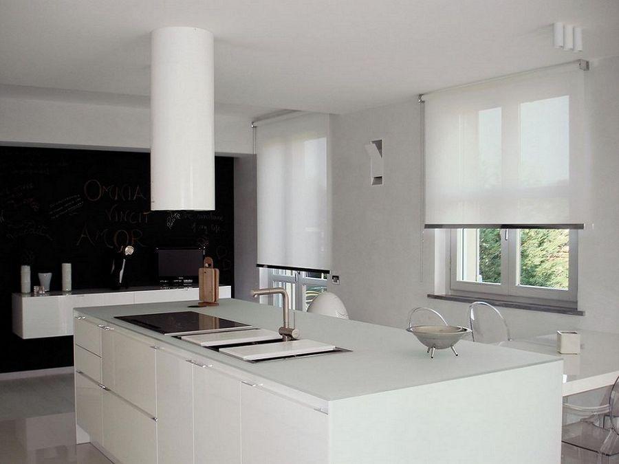 Risultati immagini per tende a rullo cucina | Διακόσμηση σπιτιου ...