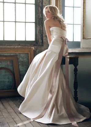Except A Coral Bow Haha Wedding Dresses Amazing Wedding Dress