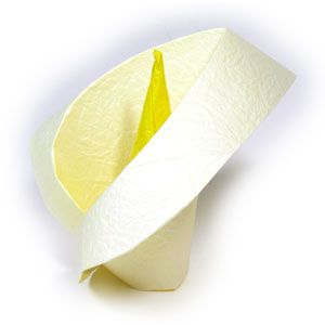 How To Make An Origami Calla Lily Page 1 Easy Origami Flower Origami Flowers Instructions Origami Flowers Tutorial