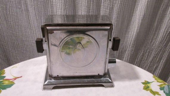 Vintage 1940's Toaster with Side Doors that still works Great on Etsy, $25.00