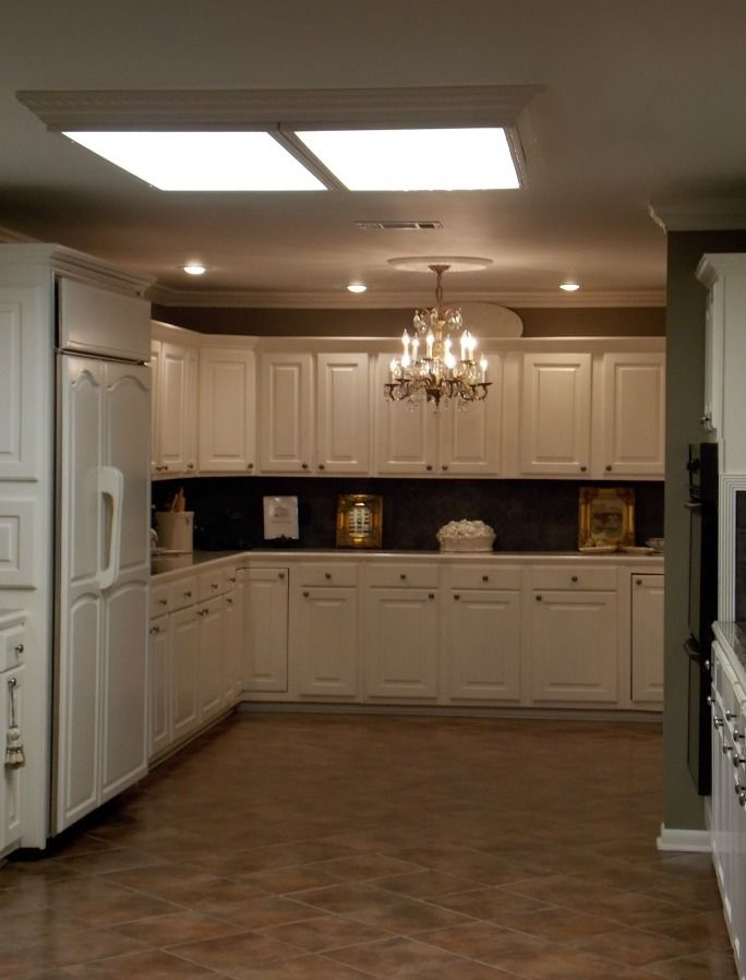 Kitchen, Breakfast Area, And Butler's Pantry - Places in the Home