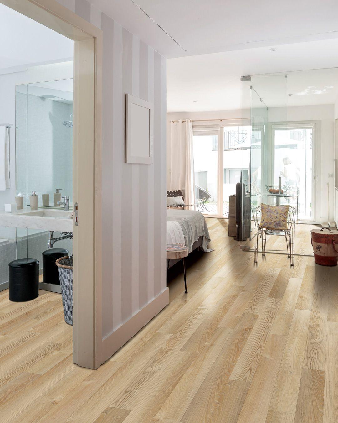COREtec 5 Wheldon Oak VV02300509 Beach house flooring