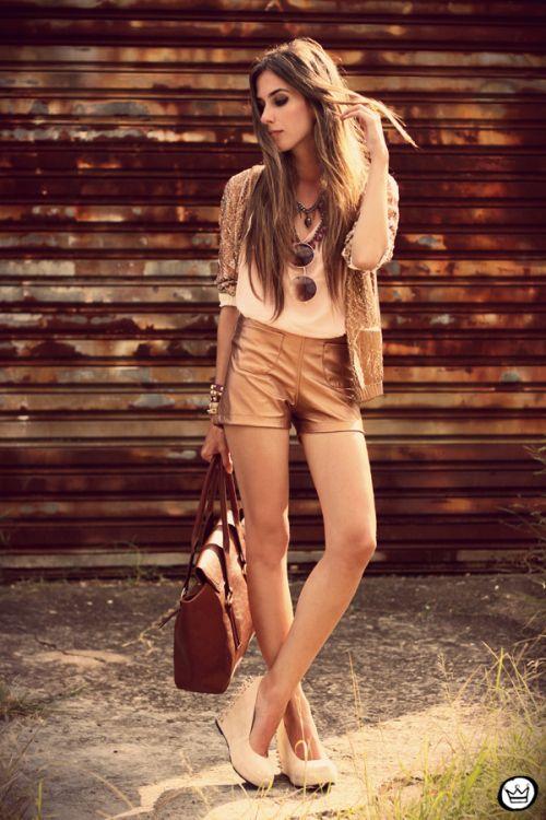 Morena Raiz metallic shorts