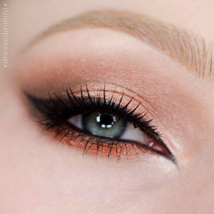 Copper peach eye look
