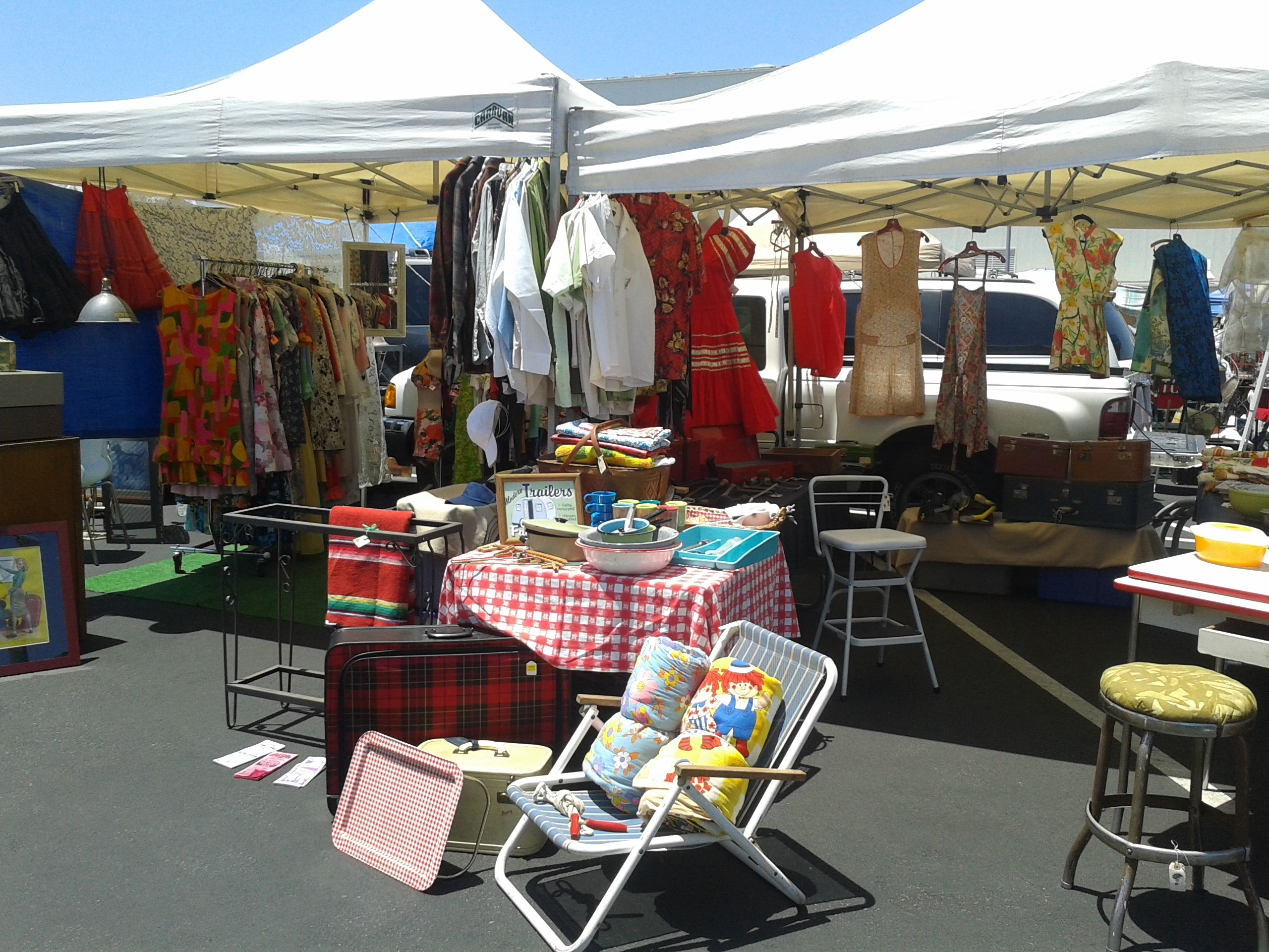 Start summer with camping picnics and traveling flea markets picnics fleas