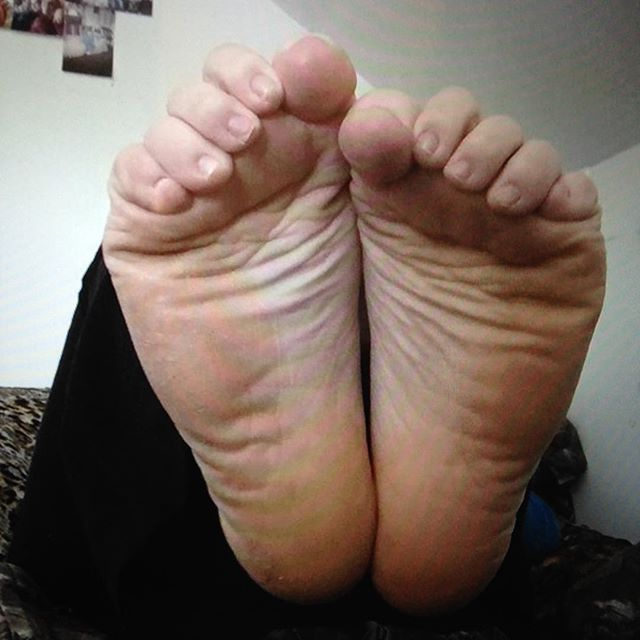 Sexy wrinkly soles
