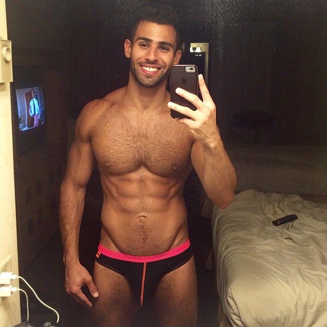 male shirtless selfies