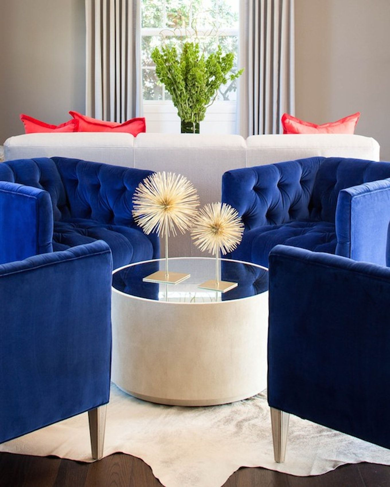 Best 10 Beautiful Blue Accent Chairs For The Living Room Blue 400 x 300
