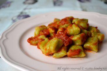 Gnocchi Ripieni Ricetta Bimby.Gnocchi Di Zucchine Bimby Ricette Bimby Ricetta Ricette Idee Alimentari Gnocchi