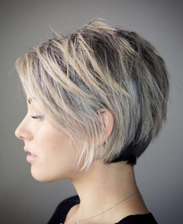 50 Latest Short Haircuts For 2019 Get Your Hairstyle Inspiration For Summer With Hairstyle In 2020 Short Hair With Layers Short Hair Styles Short Bob Hairstyles