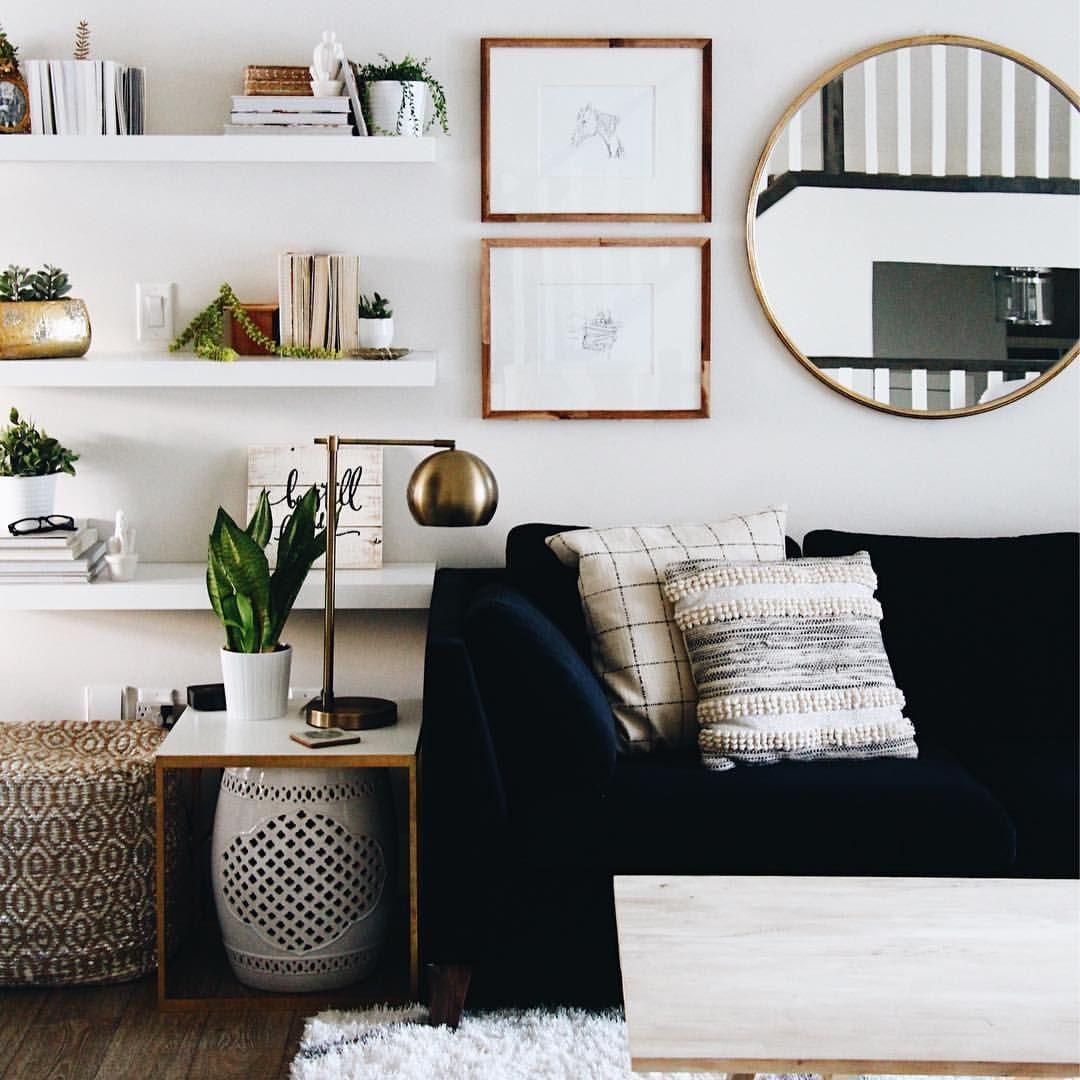 Vedi La Foto Di Instagram Di Ohmydearblog Piace A 1 428 Perso Small Apartment Living Room Living Room Decor Apartment Small Apartment Decorating Living Room