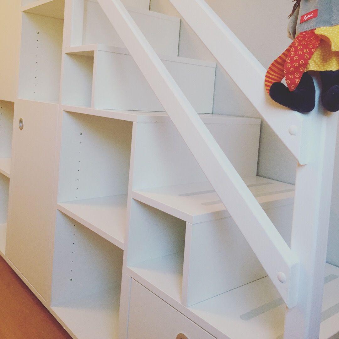 60 Unbelievable Under Stairs Storage Space Solutions: Pin Von Laura Connors Auf Hochbett