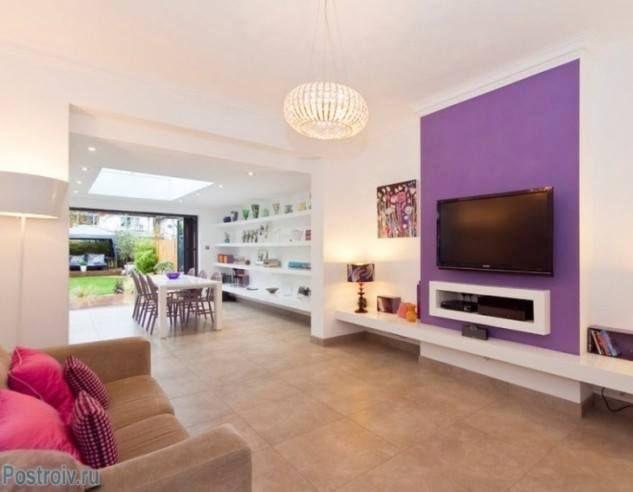 wohnzimmergestaltung der trendfarbe orchideen lila, renkli oturma odası dekorasyonu | oturma odası modelleri ve, Ideen entwickeln
