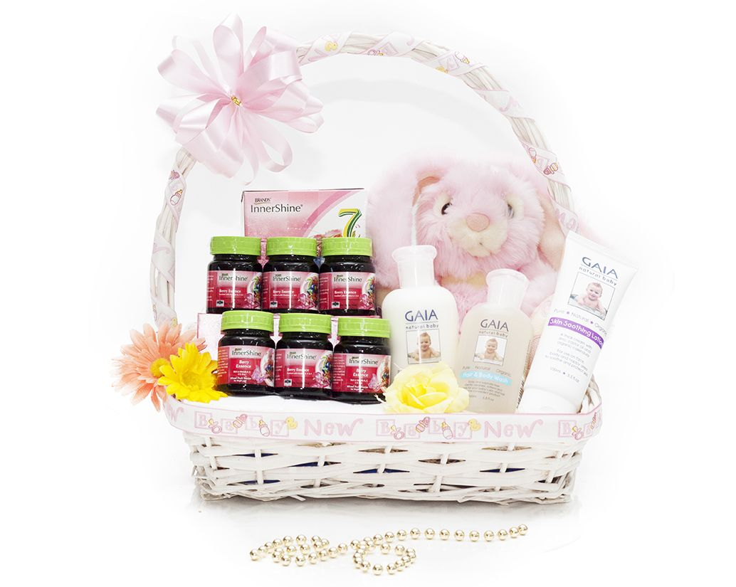 Me And My Baby Girl 125 00 This Baby Hamper Takes Care Of The One Thing That Both Babies And Moms Need A Range Baby Gift Hampers Gift Hampers Baby Hamper