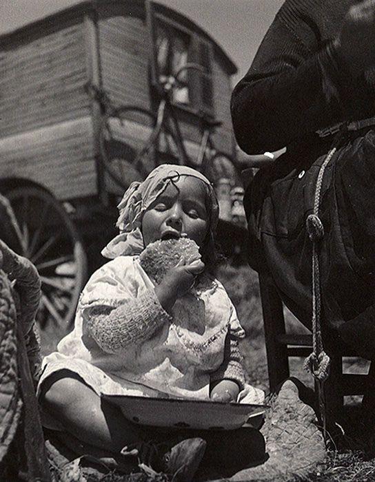 Gitans, Saintes Maries De La Mer, 1936 ©succession Lore