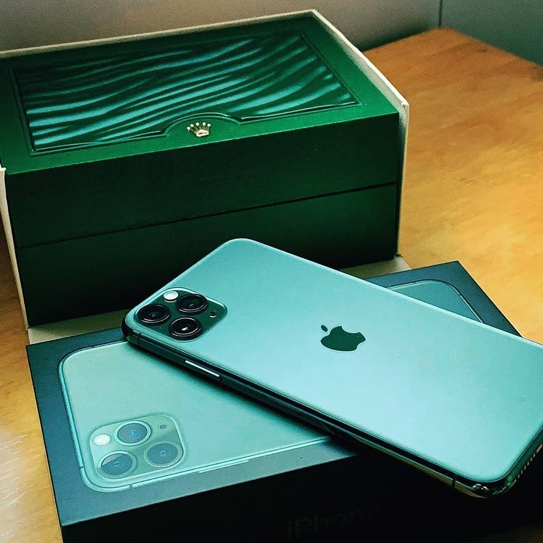 Iphone 11 Giveaway Chance To Win A Free Iphone 11 Contest Read More Instagram Ideas Sign Letras Design Fondos Letrero Publ Iphone Iphone Cases Iphone 11