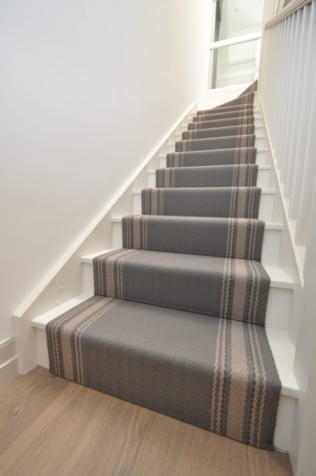 Best Gainford 1 Off The Loom Carpet Stairs Stair Runner 400 x 300