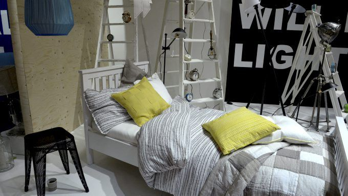 Stockholm Furniture Fair markerer starten på årets skandinaviske interiørsesong. Naturmaterialer, kombinert med kontrastfarger, er messens viktigste trend.