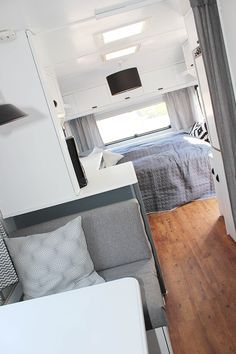 glamping statt einfach nur camping caravan. Black Bedroom Furniture Sets. Home Design Ideas